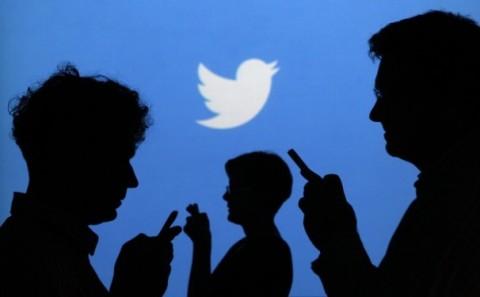 Twitter battle