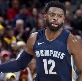 Tyreke Evans heads to the Pacers